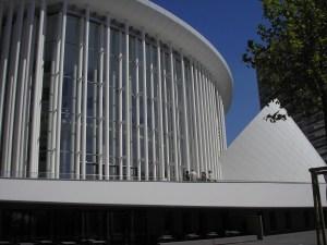 Philharmonie, een ontwerp van architect Claude Vasconi, in de Luxemburgse Europawijk Kirchberg.