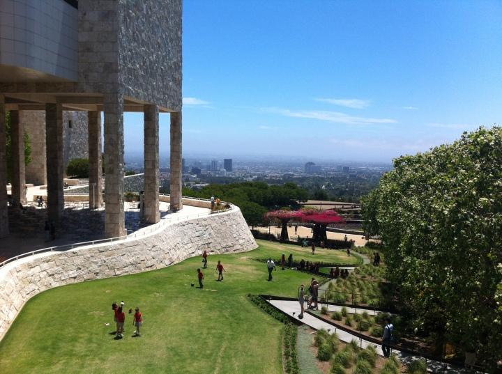 Zicht op Los Angeles vanuit culturele instelling Getty Center, in het westen van de stad.